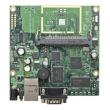 MikroTik RouterBoard RB411U – 1 x 10/100Mb/s LAN/WAN (PoE 10-28V), 1 x miniPCI, 1 x miniPCIe i 1 x USB (za 3G/LTE modeme), SIM slot, CPU 300MHz, 32MB RAM, dim. 125x105mm, temp. -35C-70C, RouterOS L4