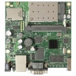 MikroTik RouterBoard RB411UAHR - Atheros AR7130 CPU 680MHz, 1 x LAN (PoE), 1 x miniPCI, 1 x miniPCI-e, 1 x USB 2.0, ugraen wireless 2.4GHz 802.11g, 64 MB SDRAM sa RouterOS L4